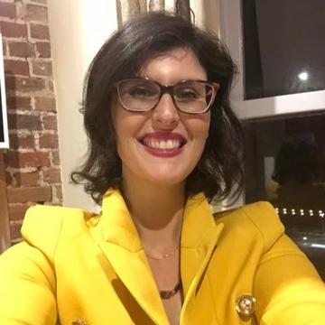 Layla Moran's Twitter avatar